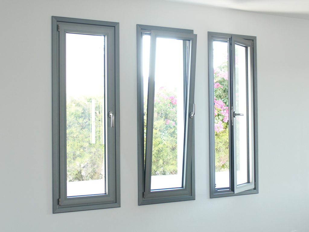 Hinged heat insulating aluminium doors windows andreas for High insulation windows